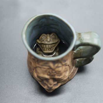 Caneca Cross Eyed Tankard