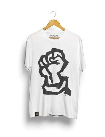Camiseta Big Fist Branca