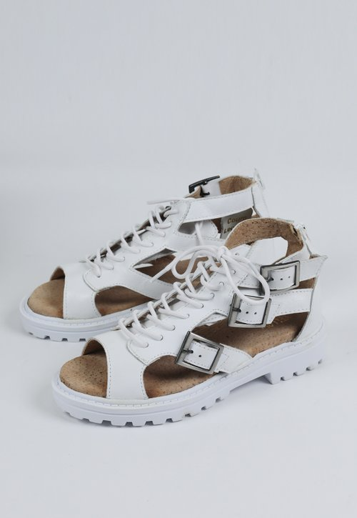 GROW sandal - all white