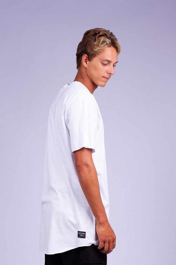 CAMISETA OCEANO LONG FIT CLEAN COMFORT