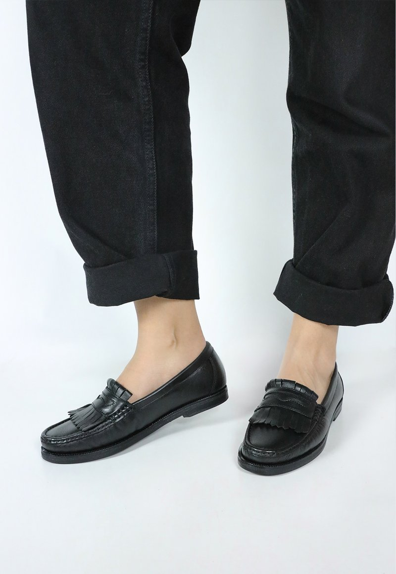 COLLEGE FRINGE shoes - preto
