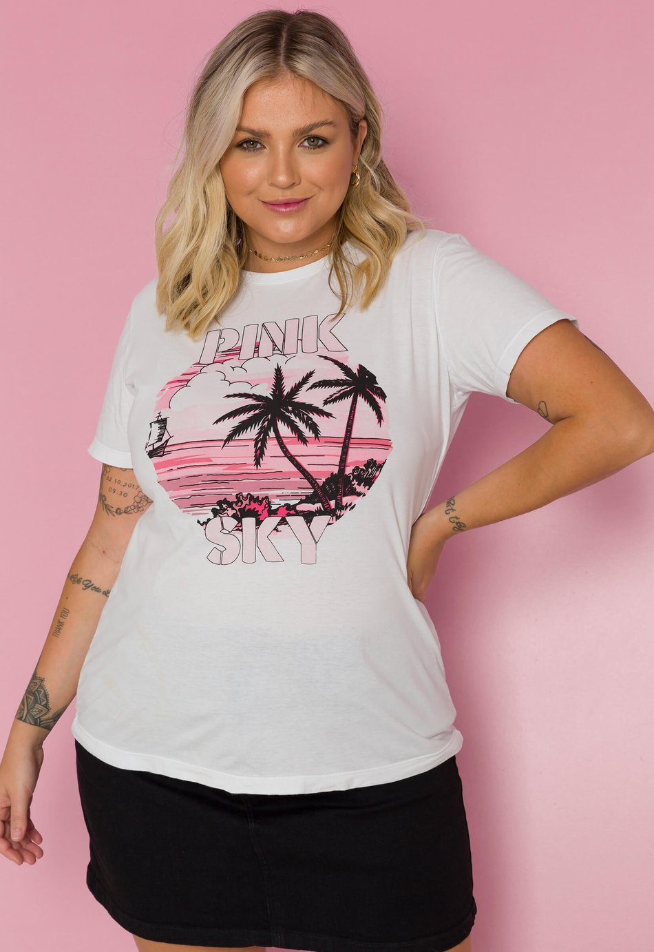 T-SHIRT PINK SKYES