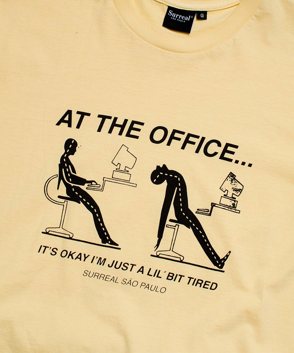 Camiseta At The Office
